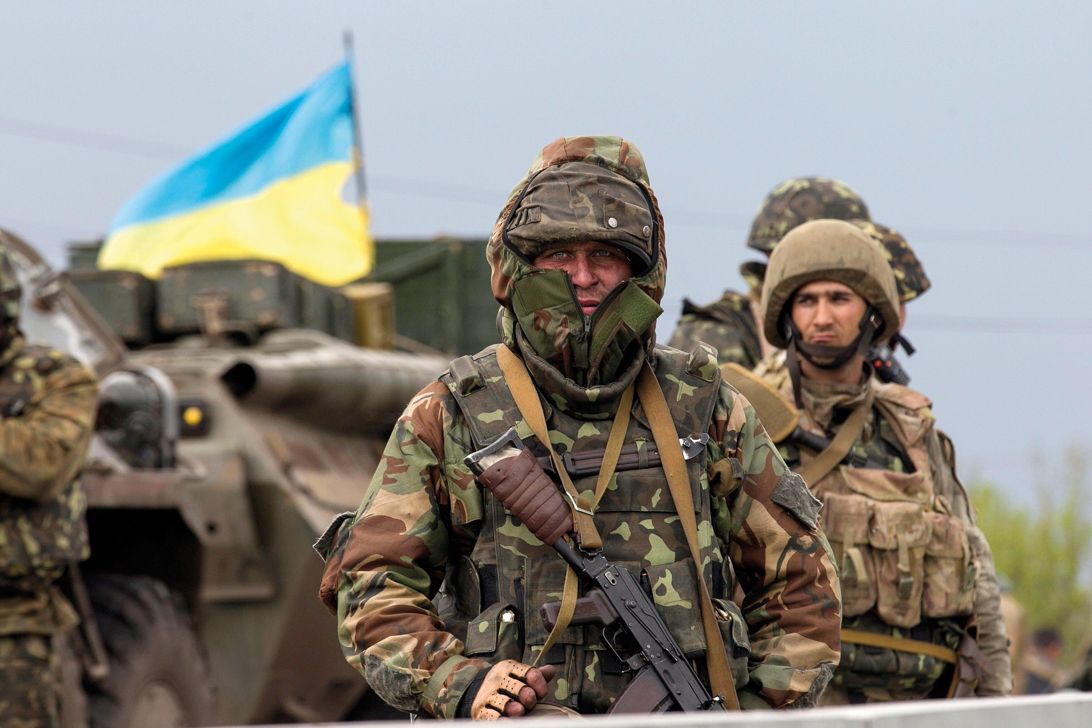 На Луганщине первый герой АТО получил квартиру от государства
